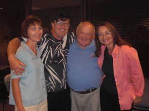 Na spotkaniu obecny był założyciel klubu Polish Friends of Naperville, burmistrz miasta, George Pradel oraz polski Elvis - Jarek Spychalski.